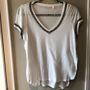 White guess tee